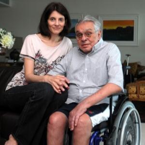 Malga Di Paula e Chico Anysio no apartamento do casal, no Rio de Janeiro (27/4/11)