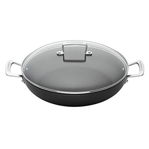 Le Creuset Tegame basso in alluminio antiaderente con coperchio, Ø 24 cm, PFOA free, Per tutte le fonti di calore, induzione incl.,Nero