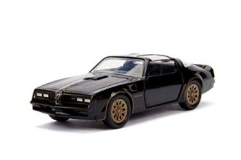 Jada Toys Smokey & Bandit 1977 Pontiac Firebird Die-cast Car with Opening Doors 1:32 Scale Black