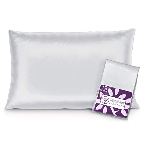 Mulberry Park - 19 Momme Silk Pillowcase - Prevents Bed Head, Tames Frizz, Moisturizes Skin, Minimizes Sleep Lines and Helps with Wrinkles - Highest Grade 6A Pure Mulberry Silk - 1pc White Standard