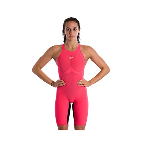 31RKLNFCGXL Female Performance Tech Suit Fast. Light. More flexible. The Fastskin LZR Pure Valor is developed for strong kicks, long distances, and fast finishes. Focused on maximum flexibility, it promotes a greater range of motion and core stability through specially layered fabric for better performance at every race. Its lightweight, closed-back construction helps you feel lighter and ride higher in the water for optimal body positioning.