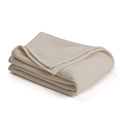 AMERICA'S MOST TRUSTED BLANKET: Our best-in-warmth, classic style found in homes and hotels around the world for over 50 years; Versatile, year-round use SOFTNESS: Velvety texture on both sides; Great as queen bedspread or throw blanket for couch INS...