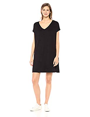 Made in Vietnam This dolman-sleeve dress is your next closet essential and features a v-neckline Supersoft Terry offers incredible comfort with rich rayon fibers and a gently brushed back Start every outfit with Daily Ritual's range of elevated basic...