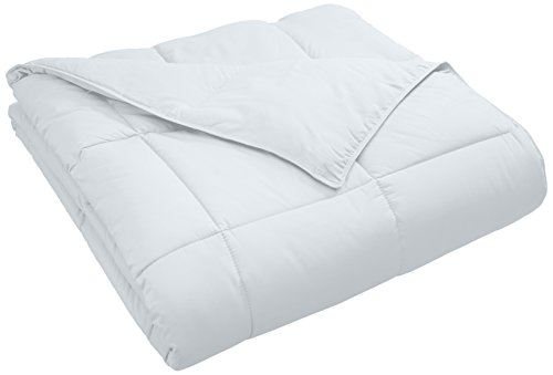 SUPERIOR Classic All-Season Down Alternative Comforter with Baffle Box Construction, Full/Queen, White