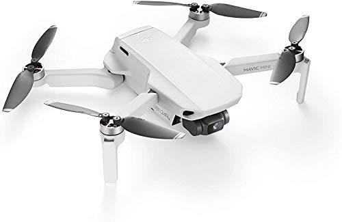 DJI Mavic Mini + Care Refresh - Drone Leggero e Portatile, Batteria 30 Minuti, Distanza Trasmissione 2 km, Video HD 2.7K, Offre Due Sostituzioni in un Anno, Copre Diversi Tipi di Incidenti, Bianco