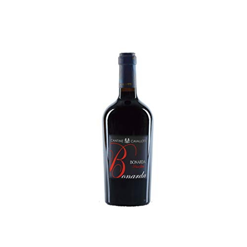 Vino Bonarda dell'Oltrep Pavese DOC, Passo Gaio, Cantine Cavallotti