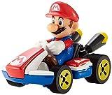Hot Wheels Mario Kart mini-véhicule Mario à l'échelle 1:64, inspiré par les...