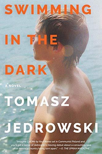 Nadar en la oscuridad de Tomasz Jedrowski