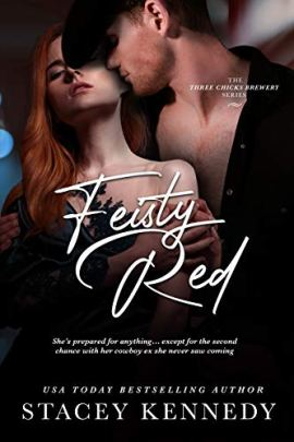 Feisty Red (Three Chicks Brewery Book 2) by [Stacey Kennedy ]