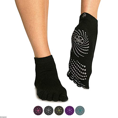 41IQByjSEHL - The 7 Best Yoga Socks to Rock Your Poses