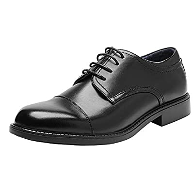 Men's derby shoes designed in USA Soft synthetic leather upper features a plain toe Classic lace-up construction for a secure fit Premium leather lining and light padded latex footbed for all-day comfort Flexible and comfortable derby dress shoes wit...