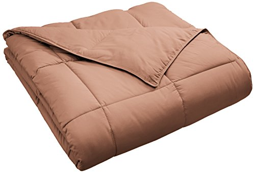 SUPERIOR Classic All-Season Down Alternative Comforter with Baffle Box Construction, King, Camel
