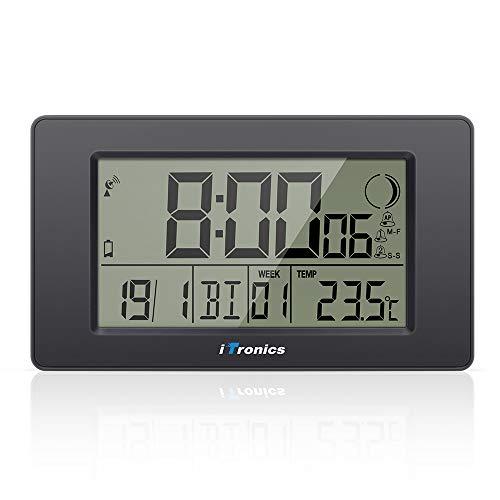 iTronics Digitale Funkwanduhr Tischuhr mit Temperaturanzeige & Countdown-Timer, Thermometer, Wecker und Kalender, Inklusive Batterie, Schwarz