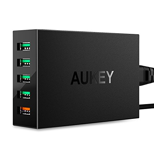 AUKEY Quick Charge 3.0 5-Port USB Charger with 55.5W USB Charging Station, Compatible with Samsung Galaxy S8 / S8+ / Note8, LG G6 / V30, iPhone Xs/XS Max/XR and More