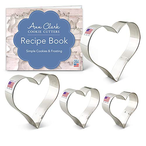 Ann Clark Cookie Cutters 4-Piece Heart Cookie Cutter Set with Recipe Booklet, 2.75', 3.25', 3.75', 4'
