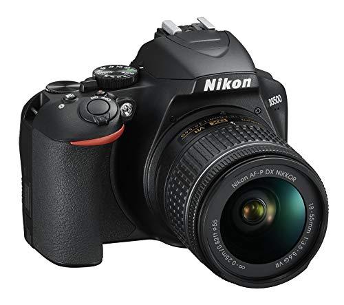 Nikon D3500 Fotocamera Reflex Digitale con Obiettivo Nikkor AF-P 18-55, F/3.5-5.6G VR DX, 24.2 Megapixel, LCD 3', SD da 16 GB 300x Premium Lexar, Nero [Nital Card: 4 Anni di Garanzia]