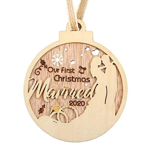 Creawoo Our First Christmas Married 2020 Ornament, Wooden 1st Christmas Newlywed Couples Keepsake Wedding Gift, Hanging in Xmas Tree as a Memorable Decoration