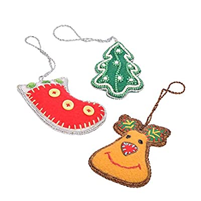 Dimensions: Long - 8 cm x width - 8 cm Hand sewn by felt this set of 3 Christmas decorations are adorned with beads and glass jewelry in a neat pattern. The design is inspired by festive motifs that are the Christmas tree, the red stocking and the re...