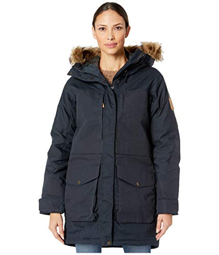 A parka in G-1000 Original and G-1000 HD for extra strength. Padded with 150 g/sqm Supreme Microloft and Hydratic liner that makes the parka wind and water proof.