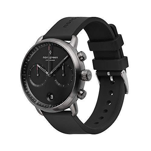 Nordgreen Pioneer skandinavische Herrenuhr in Anthrazit mit Schwarzem Ziffernblatt und austauschbarem 42mm Silikon Armband Schwarz 14006