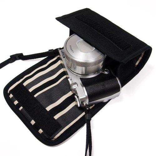 suono(スオーノ) ハンドメイド Nikon1 J5ケース-標準パワーズームレンズ用(ブラック・カーボンストライプ)--カラビナ付