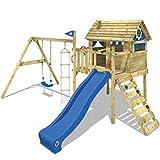 Maisonnette en bois sur pilotis avec balançoire, échelle en corde et toboggan