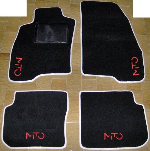 Tappeti per Auto Neri con Bordo Bianco, set completo di Tappetini in Moquette su Misura con Ricamo a...