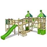 FATMOOSE Aire de jeux Portique bois FunnyFortress avec balançoire SurfSwing et toboggan vert pomme, Maison enfant exterieur avec bac à sable, échelle d'escalade & accessoires de jeux