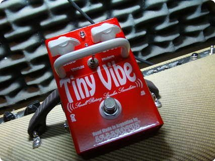 Sabbadius Custom Pedal Effects Tiny Vibe