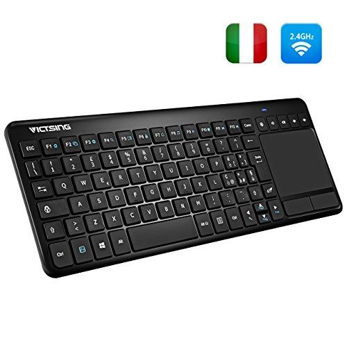 VicTsing Tastiera Wireless Smart TV PC Tastiera Layout Italiano Senza Fili USB 10M Touchpad Nessun Mouse Richiesto per Windows, Android, Mac, Laptop, Chrome, Smart TV, Nero