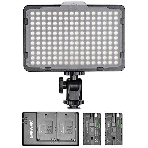 Neewer Pannello Luce 176 LED Dimmerabile con 2pz Batteria a Litio 2600mAh Caricabatterie Doppio a USB per Reflex Digitali Canon Nikon ecc. per Registrazioni Video in Studio Fotografico