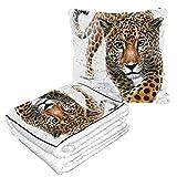 LIANGWE Well Traveled Jaguar Blanket Pillow Combo 50 × 60.23inch Combo cálido y Suave 2 en 1 Mantas y Almohadas para Acampar, Viajes en automóvil Manta de Viaje en avión para Cualquier Viaje