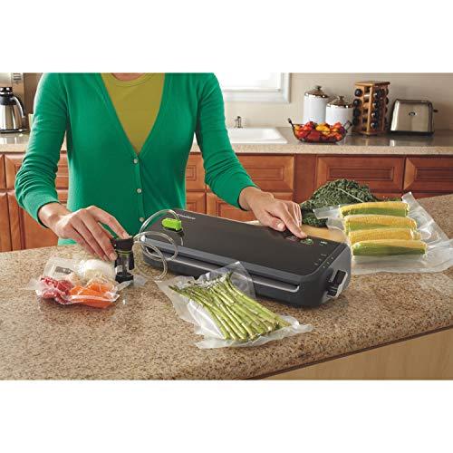 Product Image 3: FoodSaver FM2000 Vacuum Sealer Machine