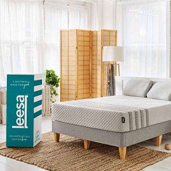 """Leesa Luxury Hybrid 11"""" Mattress in a Box CertiPUR-US Certified 3 Layer Spring/Memory Foam Construction, Twin XL, White & Gray"""