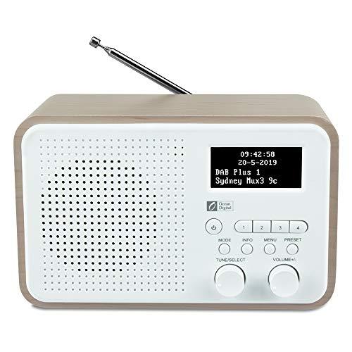 Ocean Digital DB332 Radio DAB/DAB+ / Digitale FM con Altoparlante, Aux In, Uscita Audio, Jack per Cuffie, fino a 40 Stazioni Preimpostate, Cassa in Legno (Noce + Bianco)