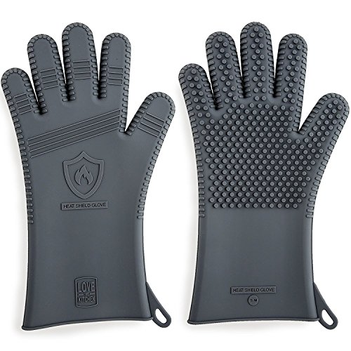 x2605; Latest Technology in Men's Barbecue Glovesx2605; 3 Sizes Available | Great for Grilling, Cooking, Baking & Smoking | Heat Resistant Silicone |Use as BBQ Grill Mitts, Oven Gloves & Pot Holders (Size L)
