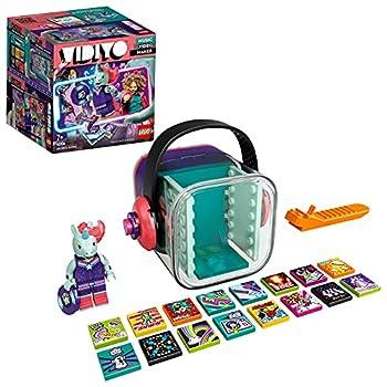 Dieses Musikspielzeug enthält eine Einhorn DJ Minifigur, Zubehör für die Schallplatte, 14 zufällige BeatBits, 2 spezielle BeatBits und eine Szene, die das Erstellen von Musikvideos ermöglicht Mit der kostenlosen LEGO VIDIYO Music Video Maker App führ...