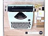 We R Memory Keepers 663062 Machine à Écrire Menthe, Plastique, 49,5 x 19,8 x 39,6 cm