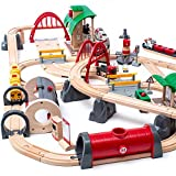 BRIO World 33052 Deluxe Railway Set   Wooden Toy Train Set for Kids Age 3 and Up, Green