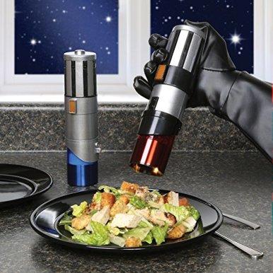 Star-Wars-Lightsaber-Electric-Salt-and-Pepper-Mill-Grinder-Pack-of-2
