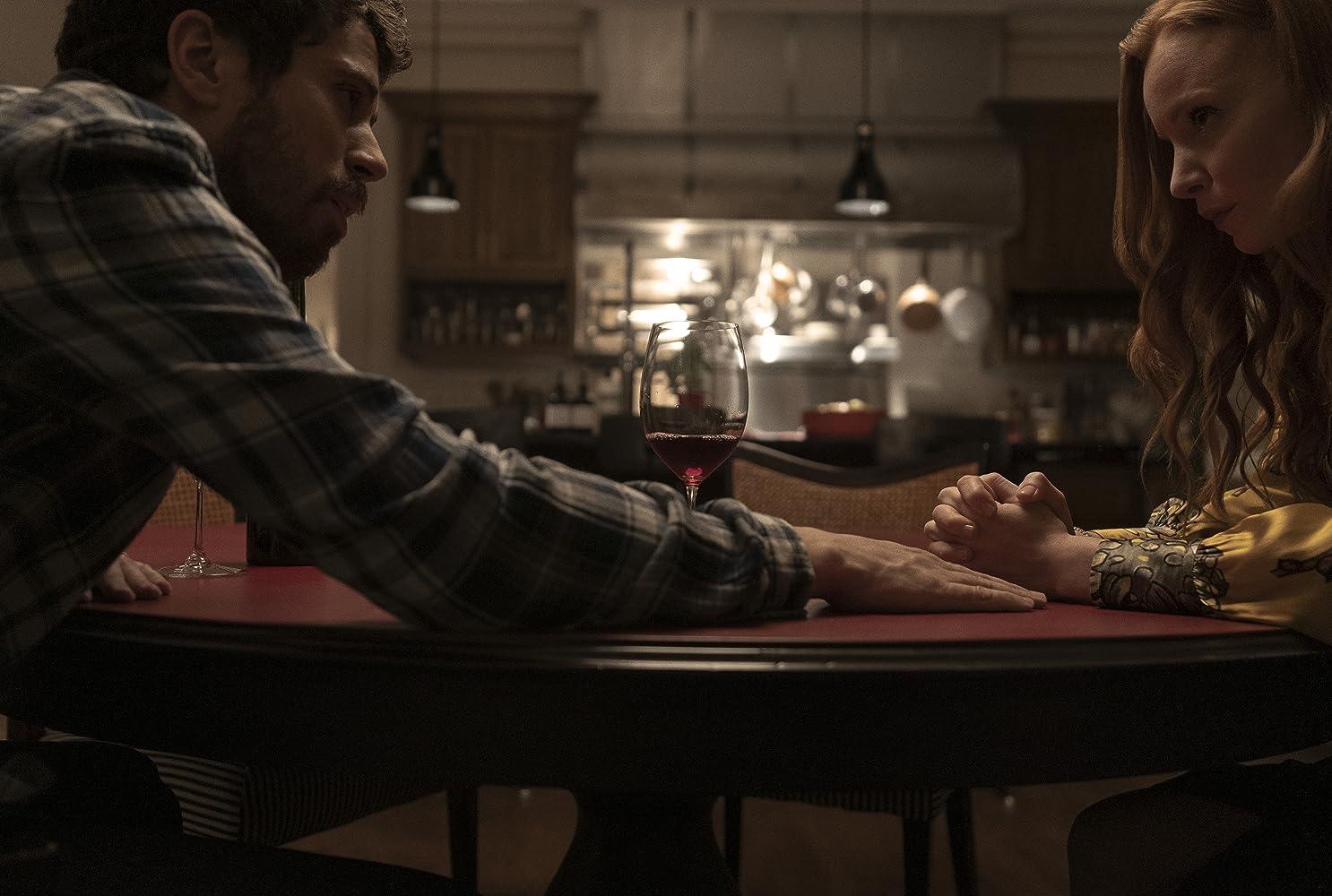 Lauren Ambrose and Toby Kebbell in Servant (2019)
