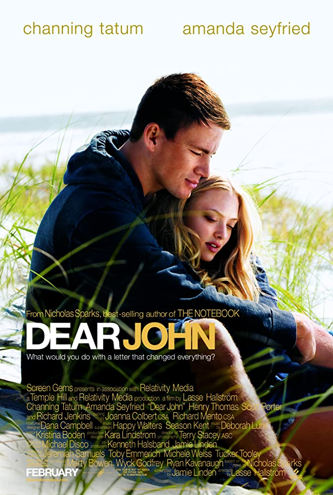 Amanda Seyfried and Channing Tatum in Dear John (2010)