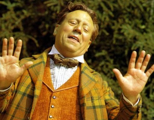 Terry Jones, Member of Monty Python, Dies at 77 2