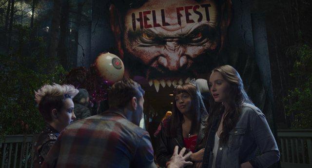 hell fest movie review parque dos infernos crítica