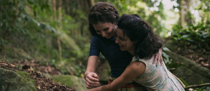 Julia Stockler and Carol Duarte in A Vida Invisível (2019)