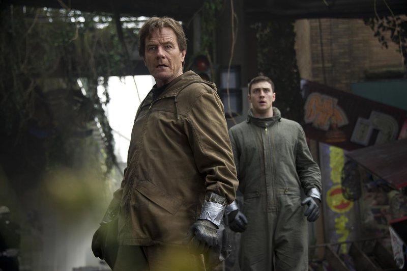 Bryan Cranston and Aaron Taylor-Johnson in Godzilla (2014)