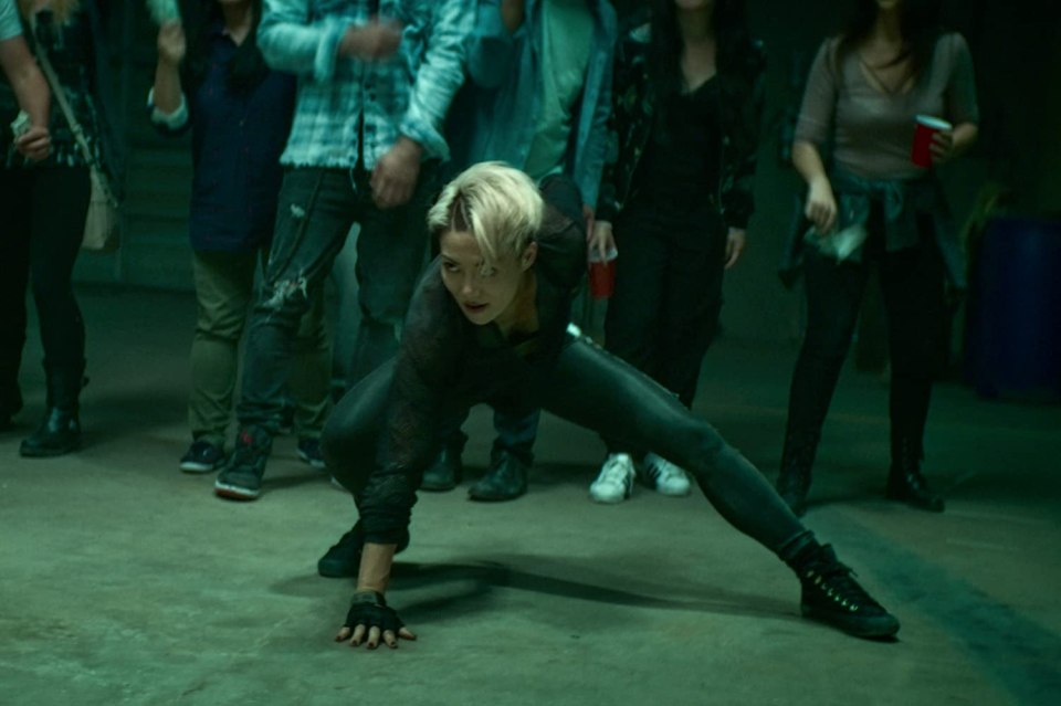 Zan in the 3 point hero pose, Wu Assassins.