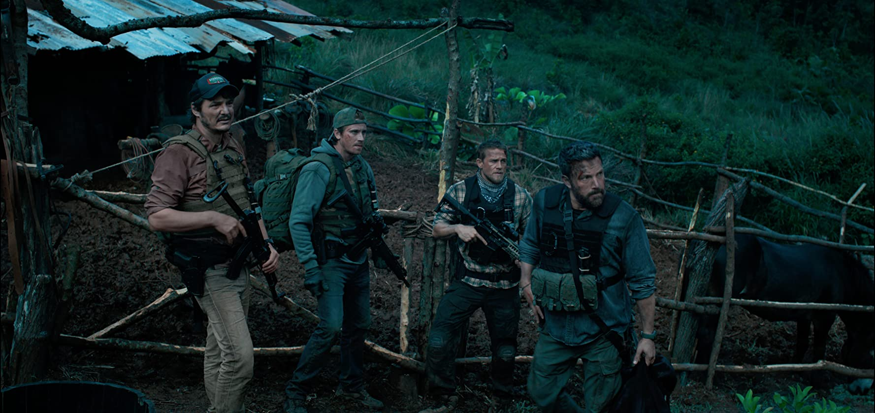 Full Team: Garrett Hedlund, Oscar Isaac, Ben Affleck, Charlie Hunnam and Pedro Pascal in Tripe Frontier (2019)