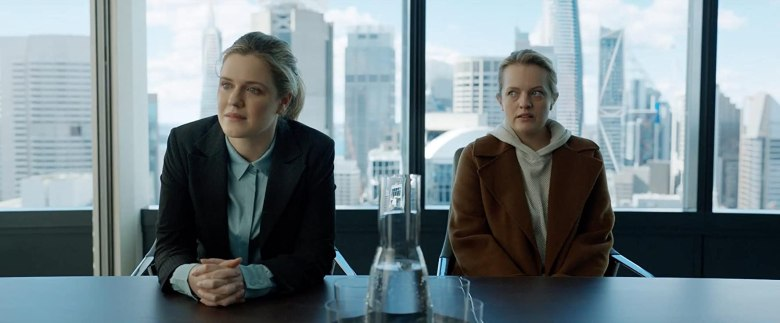 Elisabeth Moss and Harriet Dyer in The Invisible Man (2020)