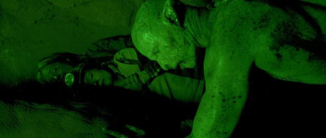 Craig Conway, Saskia Mulder, and MyAnna Buring in The Descent (2005)
